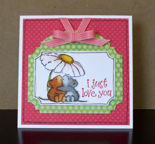 HYCCT1516 Love & Hugs